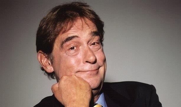 Gerardus (Gert-Jan) Dröge (Enschede, 23 april 1943 – Amsterdam, 5 juni 2007) was een Nederlandse televisiepresentator en -maker, acteur, journalist en schrijver, die vooral bekend is geworden door zijn societyprogramma Glamourland...