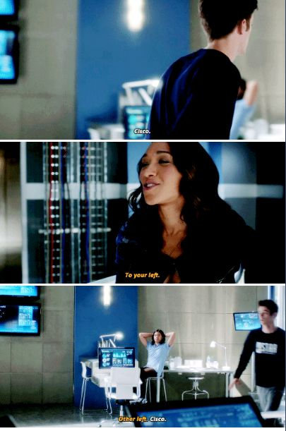 """To your left"" - Iris, Cisco and Blind Barry trying to find Cisco #TheFlash ((hahahaha))"