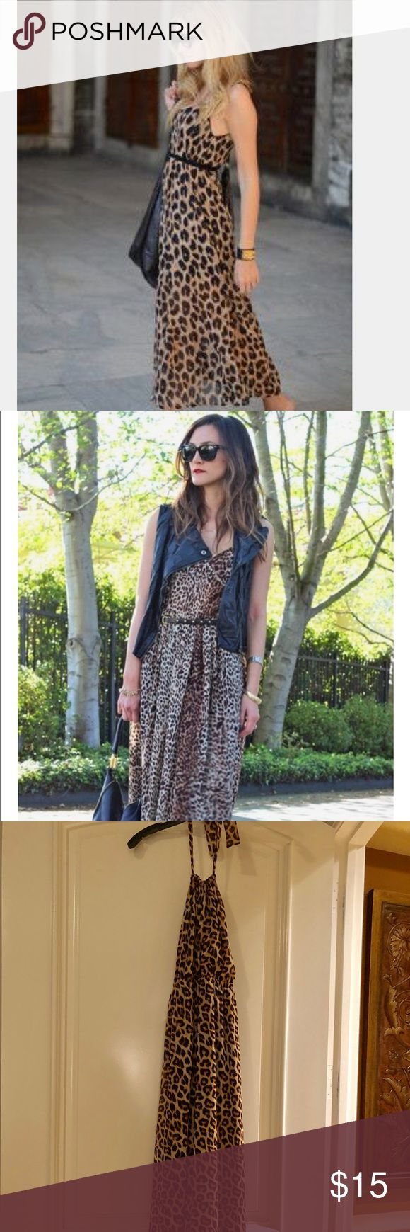 Animal print maxi dress Animal print maxi dress, pair with black jacket or vest! Also add a belt such a great spring look💕 Forever 21 Dresses Maxi