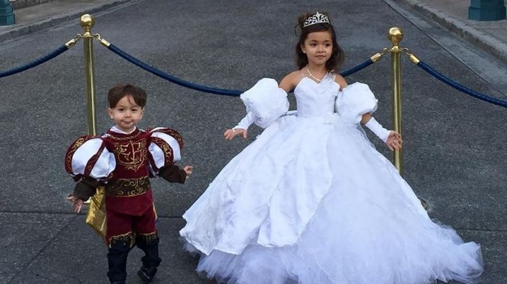 Designer Daddy makes incredible Disney costumes for his kids