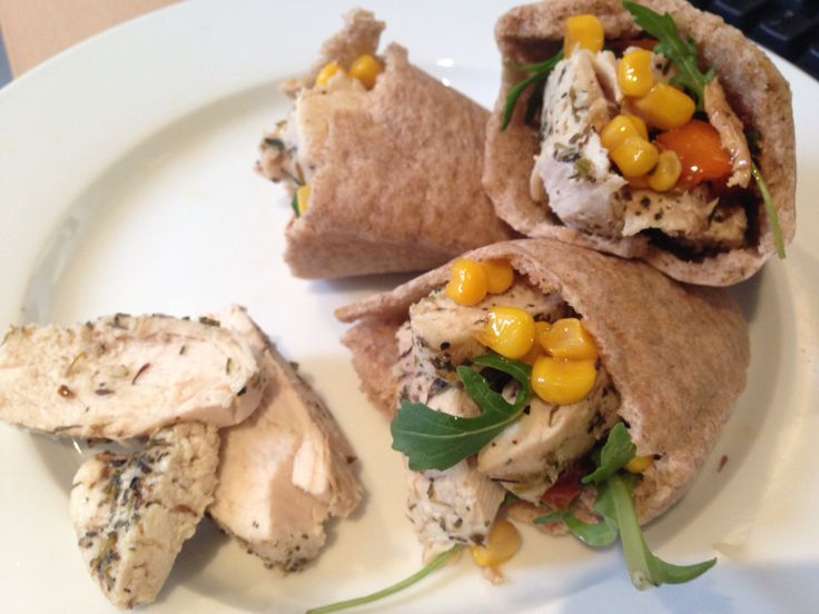 Garlic Herby Chicken and Roasted Pepper pitta pockets. So delish and easy.