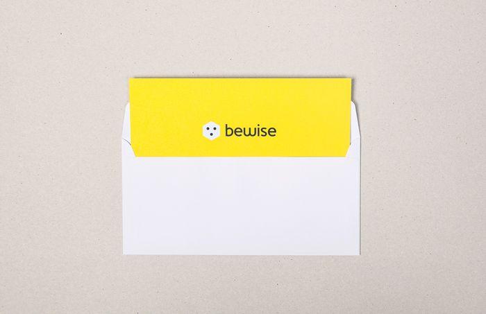 Bewise - Omslag   by Skinn Branding Agency