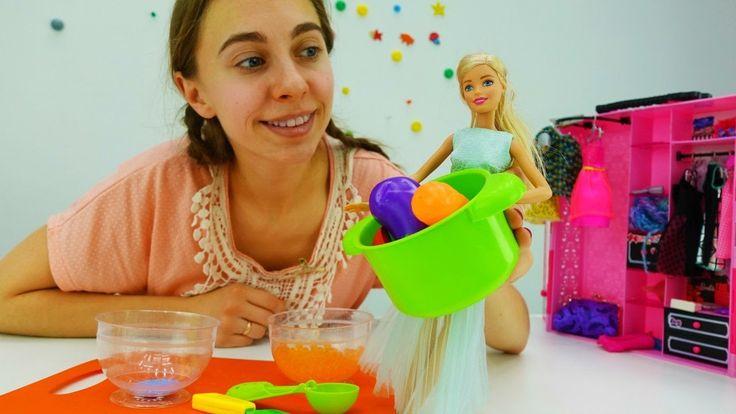 Видео для девочек про кукол: Барби идет в магазин за овощами. Детские иг...