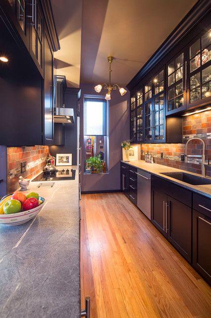 15 moderne purpurrote Küchen-Design-Ideen