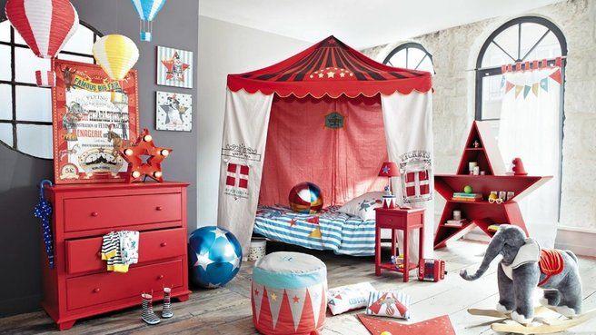 Le monde du cirque s'empare de la chambre des enfants // http://www.deco.fr/diaporama/photo-le-monde-du-cirque-s-empare-de-la-chambre-des-enfants-74131/
