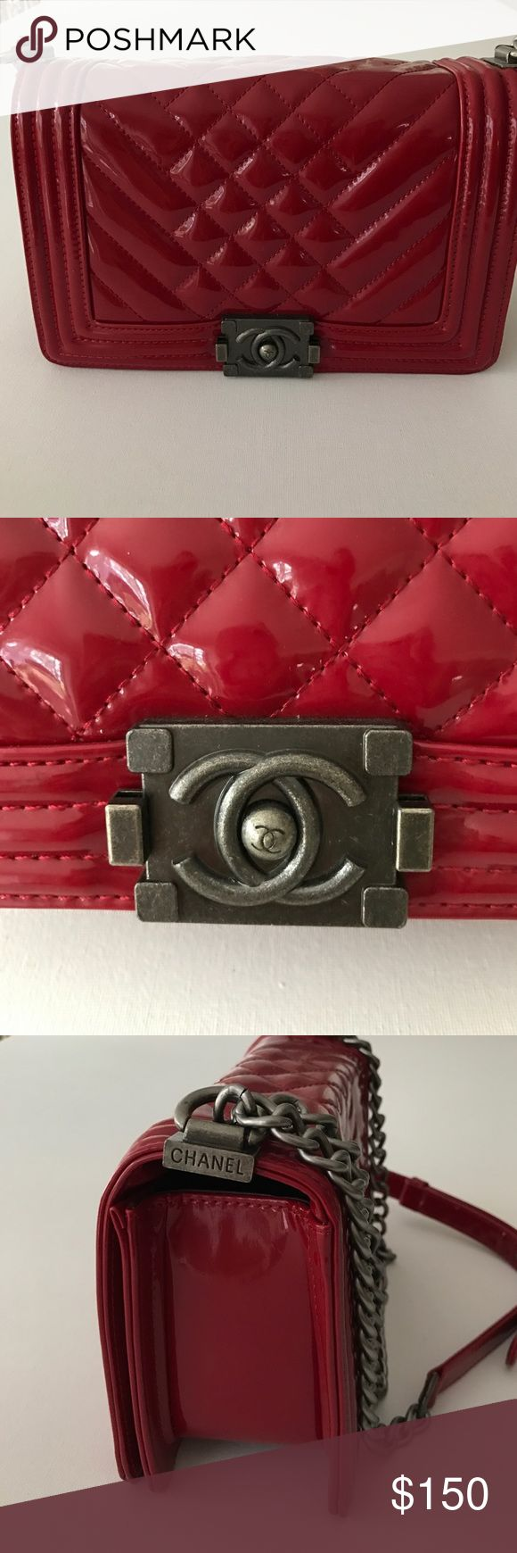 Chanel handbag 💥Chanel Purse. Excellent condition. Mirror Replica. No dust bag or box. 💥Firm price. Can be used as cross body or shoulder bag. I am moving out west & editing my collection. Serious offers only no trades. Please see my closet stats for my fast shipping and high credentials. CHANEL Bags Shoulder Bags