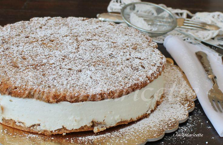 La torta ricotta e pere Sal de Riso preparata secondo la ricetta originale del maestro pasticcere di Minori: una sapiente armonia di sapori.