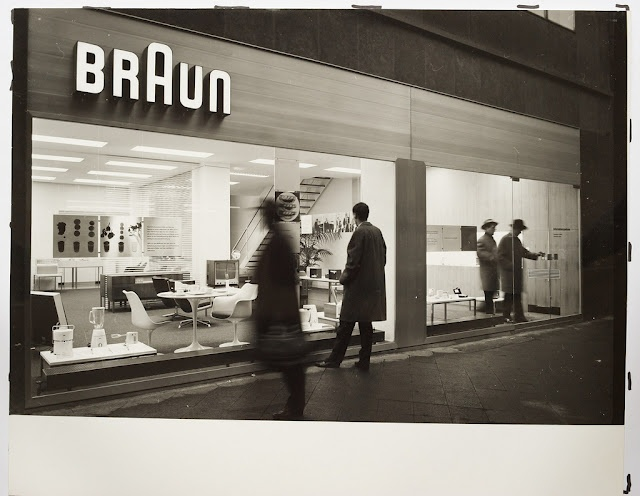 brAun: Frankfurt Offices, Design Photographers Graph, Design Hans, Braun 1960S, Circa 1960, Exhibitions Design, Braun Exhibitions, Braun Shops, Braun Frankfurt