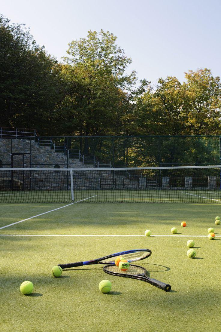 #12MonthsLuxuryResort offers a tennis court, a fitness center and a play room. http://www.tresorhotels.com/en/hotels/67/12-months-luxury-resort#content