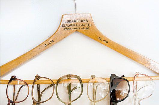 simple glasses organization ideaSunglasses Storage, Good Ideas, Closets Organic, Organic Ideas, Display, Diy, Storage Ideas, Clothing Hangers, Eye