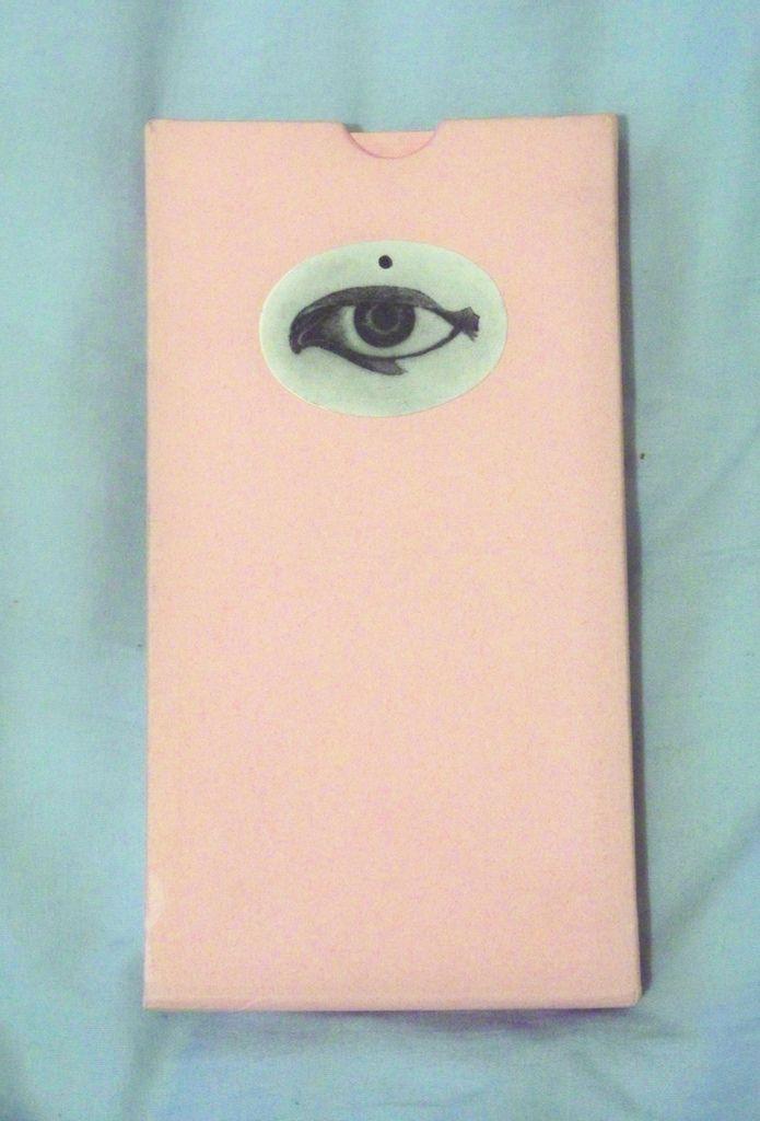 histoire de l'oeil [story of the eye]