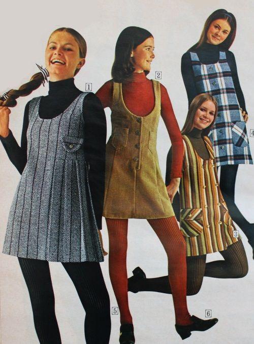 1970 Short Jumper Dresses Over Turtleneck Shirts Teen Fashion