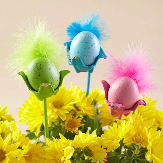 Egg Carton Bird Decorations - how fun and adorable! More Easter decorations: http://www.bhg.com/holidays/easter/decorating/quick-and-easy-easter-decorations/