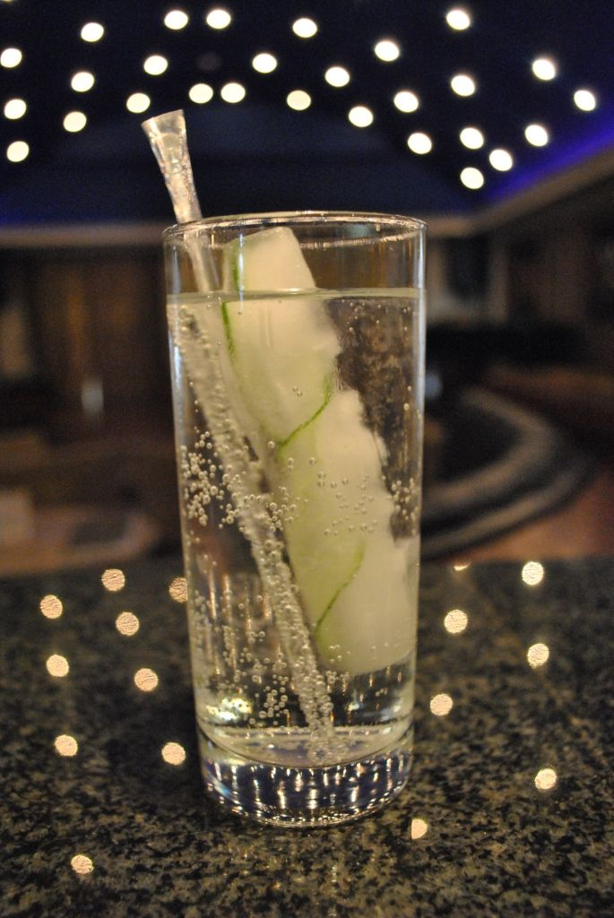 Classic Hendrick's and Tonic served with Elysium style cucumber peel ice cubes! #elysiumhotel #Elysium #paphos #drinks