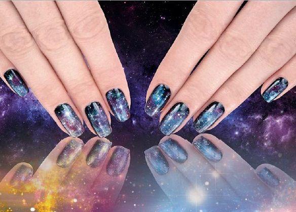 Картинки по запросу ночное небо на ногтях