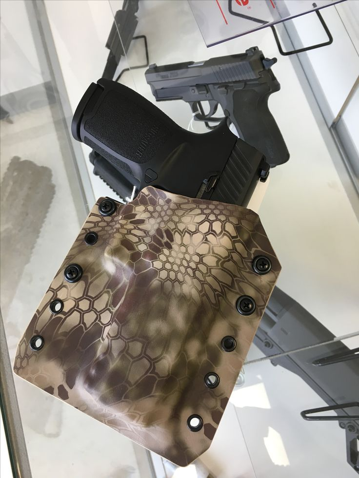 Sig P320 kryptec OWB holster  By peacemaker tactical