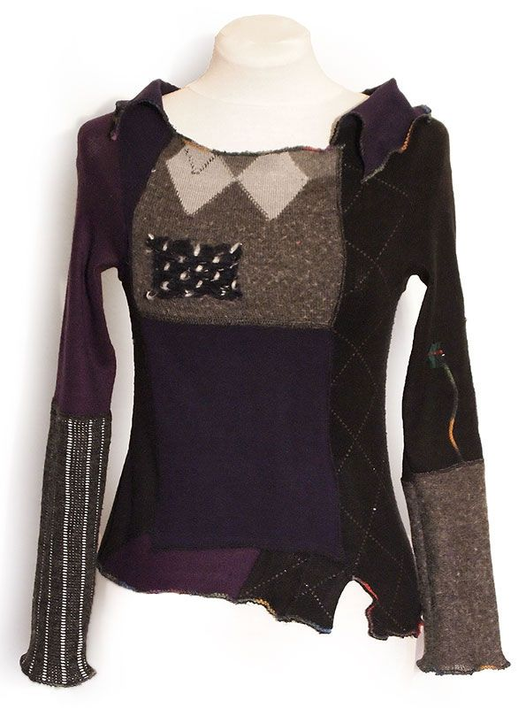 Woolen and mixed sweater. 100% upcycled. Length from shoulder to bottom sweater ranges 46-56 cm. Sleeve length about 62 cm.