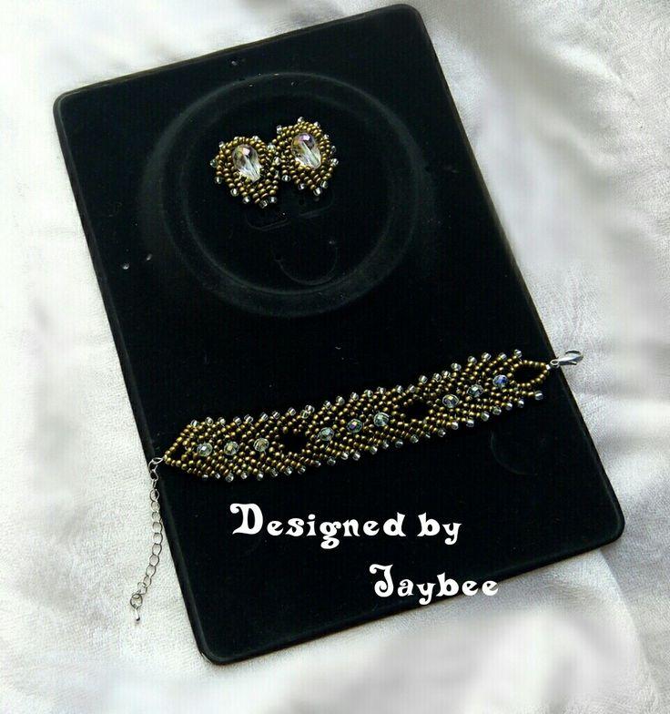 Petersburg earring and bracelet