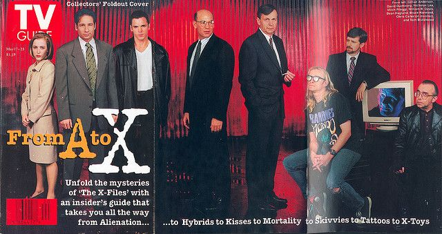 "May 17, 1997. Foldout cover (pieced together from two scans). Gillian Anderson, David Duchovny, Nicholas Lea, Mitch Pileggi, William B. Davis, Dean Haglund, Bruce Harwood, Chris Carter, and Tom Braldwood of Fox's ""The X-Files."""