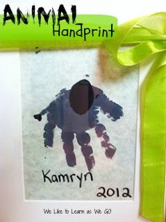 Adorable elephant handprint #kids #craft perfect for #MothersDay.