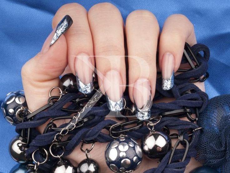 700+ Decorazioni unghie