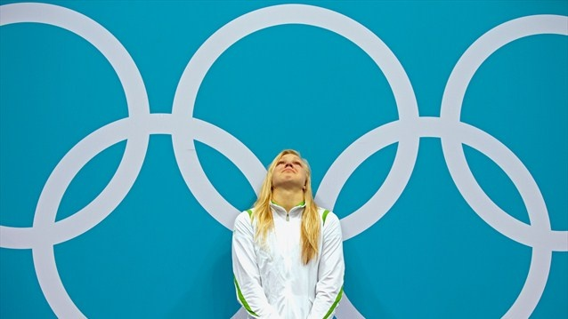 Ruta Meilutyte, 15 years old, reacts to her first gold medal - 2012 Olympics | London 2012