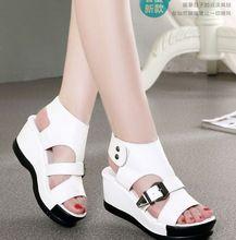 Mejor la venta de verano mujer sandalias 2016 sandalias de Cuero Genuino de las mujeres zapatos impermeables sandalias de cuña Romana sandalia de las mujeres zapatos nuevos(China (Mainland))