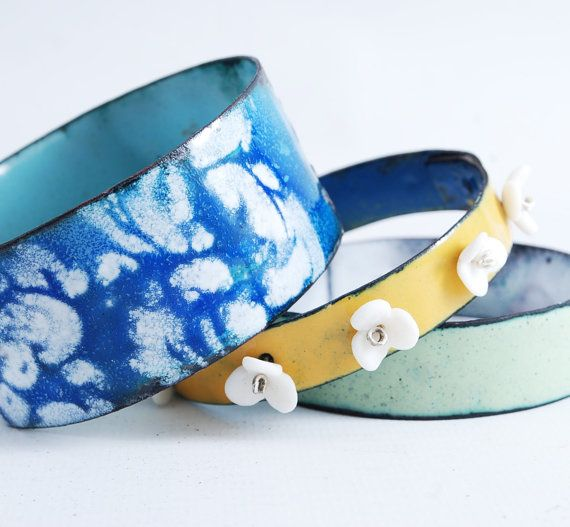 JASMINUM   enameled bangles by OYRZANOWSKA on Etsy