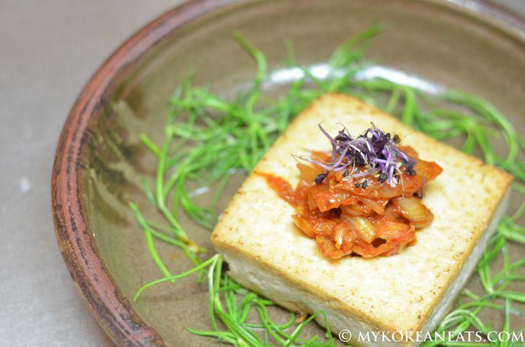 Dubu Kimchi 두부 김치 (Tofu w Sauteed Kimchi)