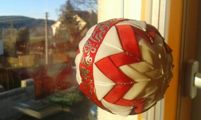 Christmas ribbon ball