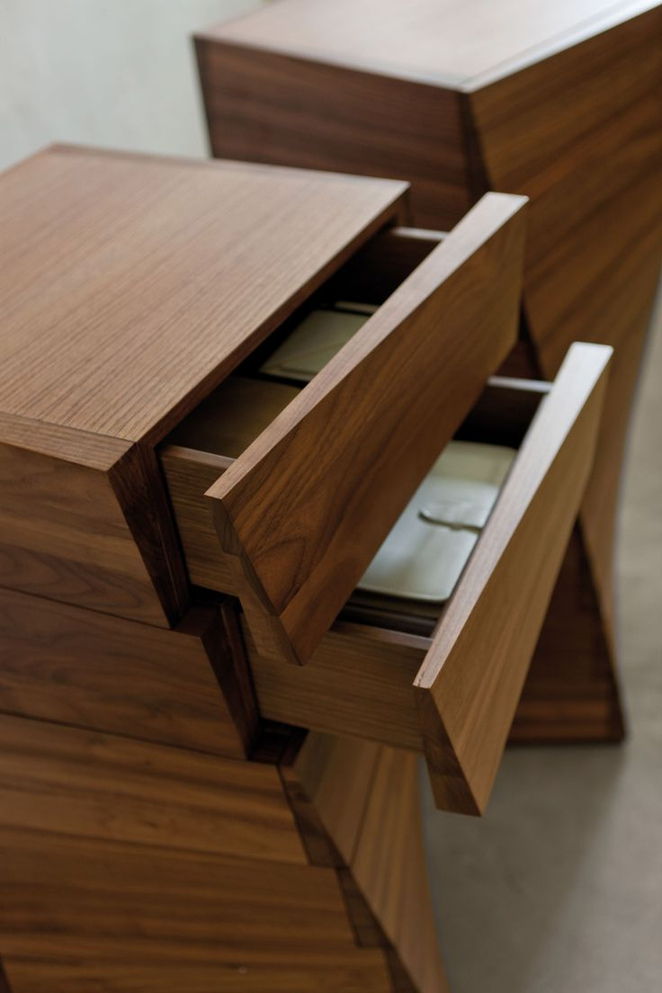 Porada - Piroette chest of drawers
