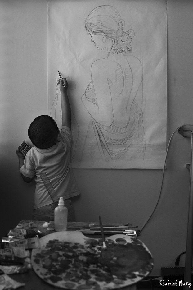 ASPIRANTE A ARTISTA Imitando a papá