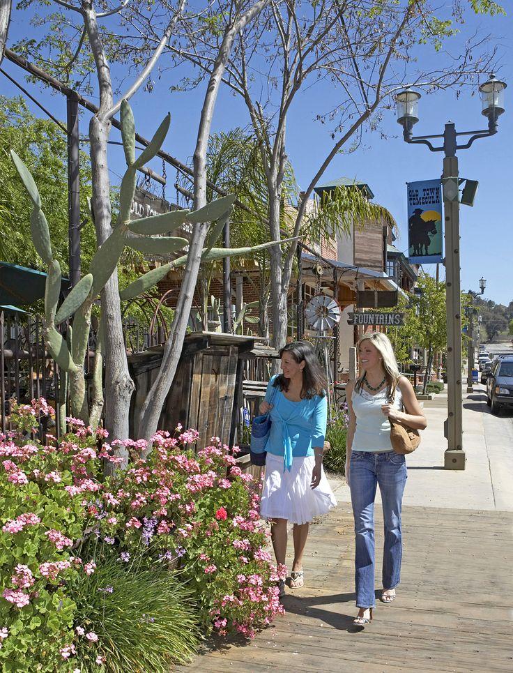 Shopping in Old Town - Temecula, California