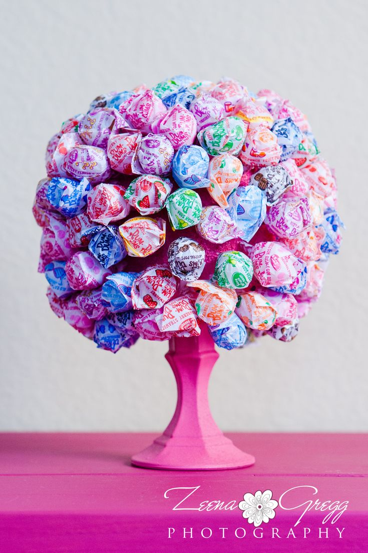 Dum Dum lollipop tree,might use this for a party. :D
