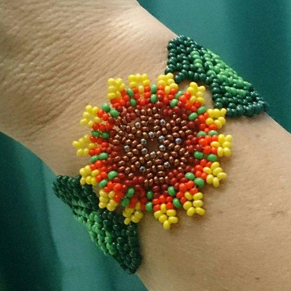 Mexican Huichol Beaded bracelet. Manchete bracelet. Ethno