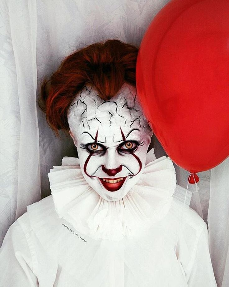 Pennywise using Mehron Makeup
