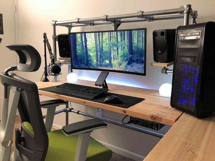 Diy Gaming Schreibtisch Mit Keeklamp Rohrbeschlagen Diy Computer Desk Gaming Desk Gaming Computer Desk