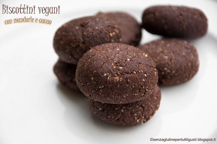 No non sono diventata vegana tranquilli! E' stato mentre li preparavo che ho realizzato che questi biscotti possono decisamente ...