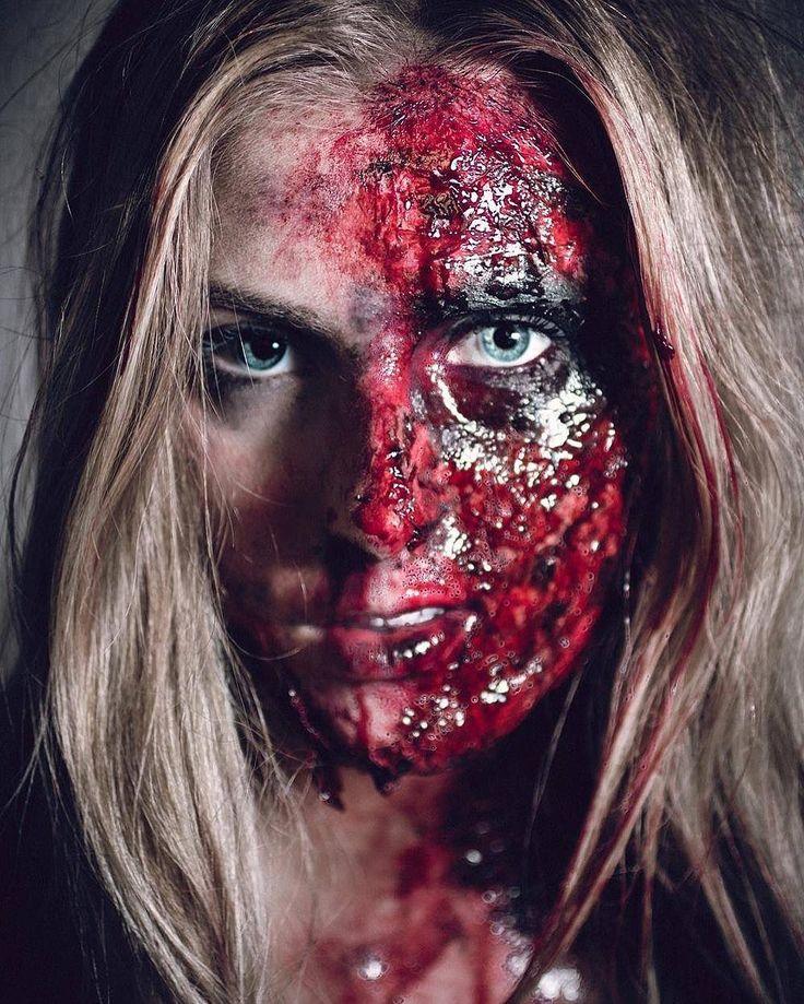 🕷#Halloween #happyhalloween #fxmakeup #makeup #horror  #blog  #blogger #beautyblogger #blogueuse #blogueusebeaute #blogbeaute #beautyblog #youtuber #beautyyoutuber #youtubeuse #youtubeusebeaute #bloguera #instadaily #picoftheday