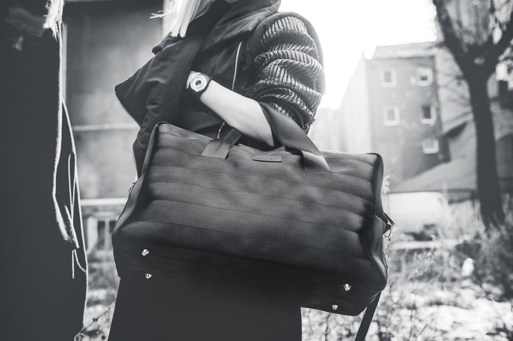 Upcycled seat belt bag // WEEKENDER #1  for more visit: www.beltbag.pl