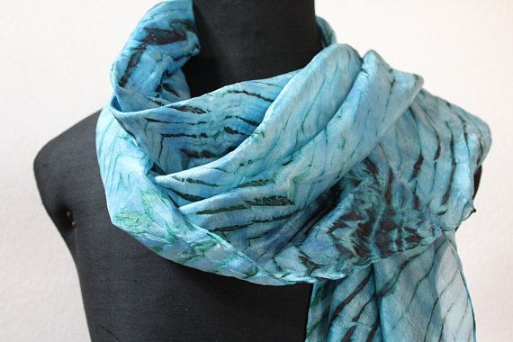 sciarpa seta tinta a mano/stole silk/sciarpa blu/scarf silk hand dyed/foulard silk/ shibori scarf/scarf/marble/water/100%silk