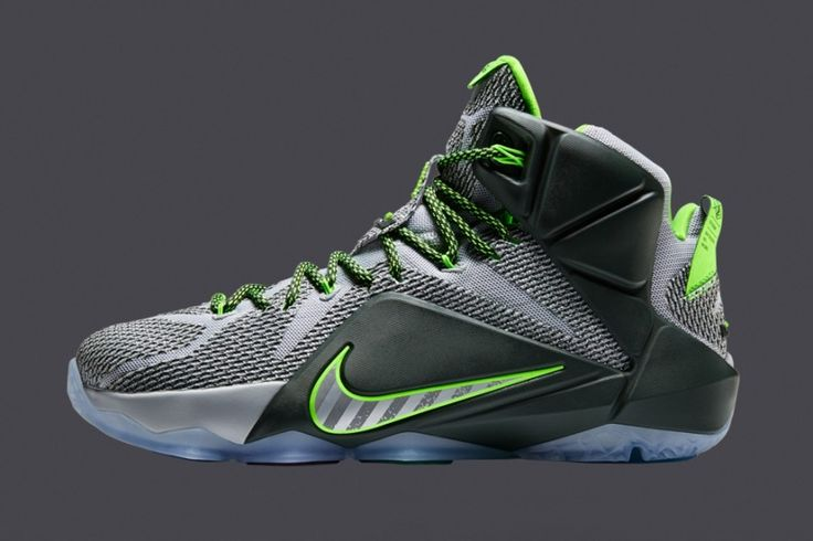 Lebron 12 Dunk Force