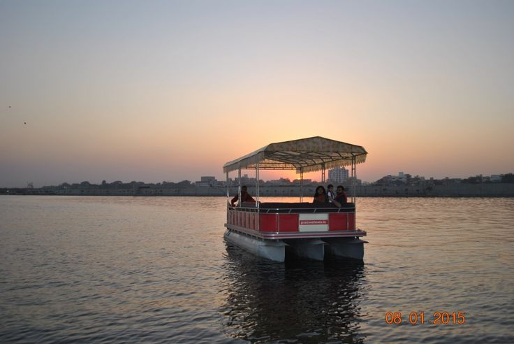 #Pontoon #Boats are one of the best #manufacturer and supplier #paddle #boats #in #India. We provide a wide range of paddle boats all in one place. Visit our website - pontoon boats. in, to know more Information.