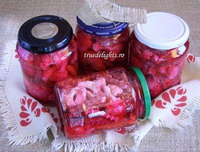 Conopida cu sfecla rosie in otet