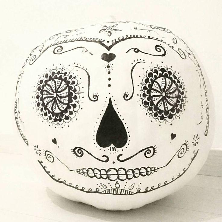 Tök, festés, rajzolás, fekete-fehér...Autumn, halloween, black and white, painting....diy... Mexico...
