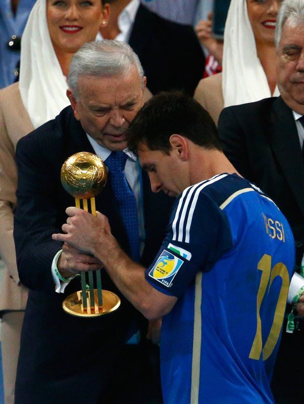 FIFA World Cup 2014 - Alemania 1 Argentina 0 (7.13.2014) - El Nuevo Herald Jose Maria Marin, President of the CBF, presents Lionel Messi of Argentina with the Golden Ball during the 2014 FIFA World Cup Brazil Final match between Germany and Argentina at Maracana on July 13, 2014 in Rio de Janeiro, Brazil. Clive Rose / Getty Images