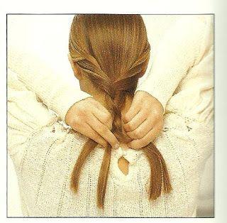 Peinado Paso a Paso # 1 - Enroscar y Trenzar Añade interés a un estilo clásico enroscando el cabello de los lados antes de trenzarlo... Aprende a realizar este peinado paso a paso http://peinadospasoapaso.blogspot.com/2013/07/peinado-paso-paso-1-enroscar-y-trenzar.html