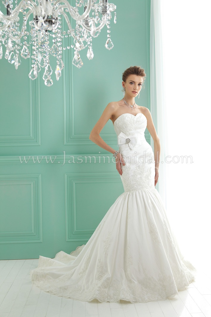 Miraculous Trumpet Bridal Dress Sweetheart Court Train Appliques Wedding With Bow