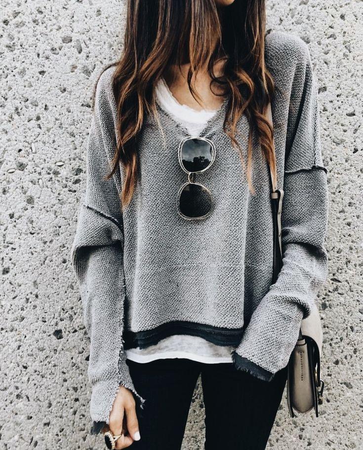 Street style. Big sunnies, oversized sweater, hair carefree ✨