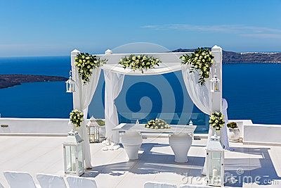 Wedding Decorations With Roses - Download From Over 60 Million High Quality Stock Photos, Images, Vectors. Sign up for FREE today. Image: 92410232